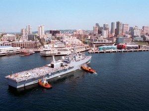 USS_Coronado_04AUG1999