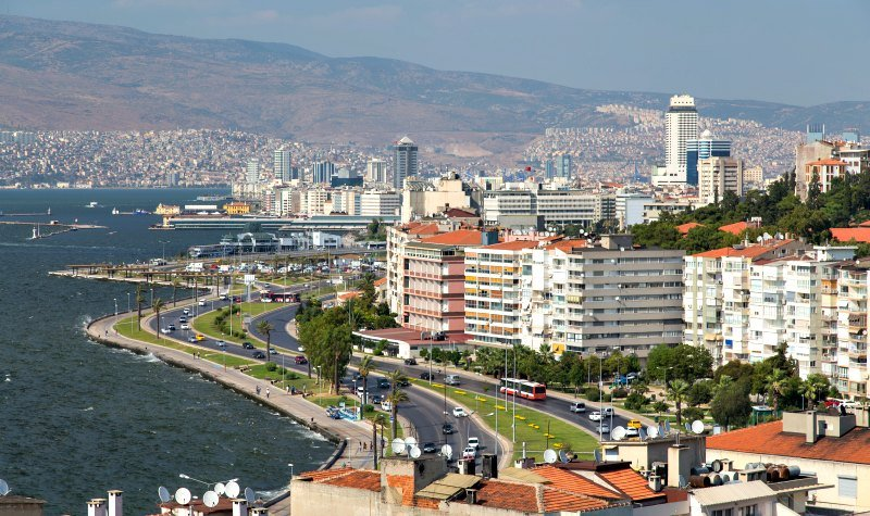 the-kordon-prominade-the-best-things-to-do-in-izmir-turkey-dp